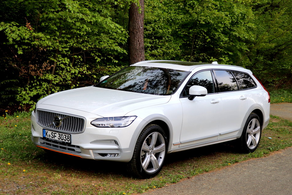 Fahrbericht Volvo V90 Cross Country Ocean Race