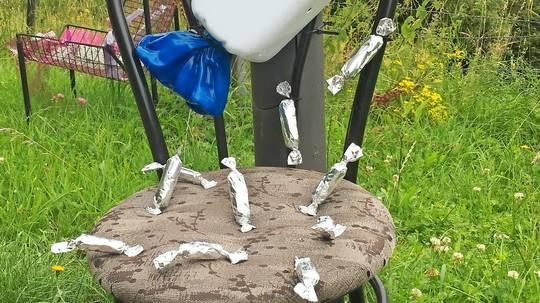 Kunstaktion Stuhl
