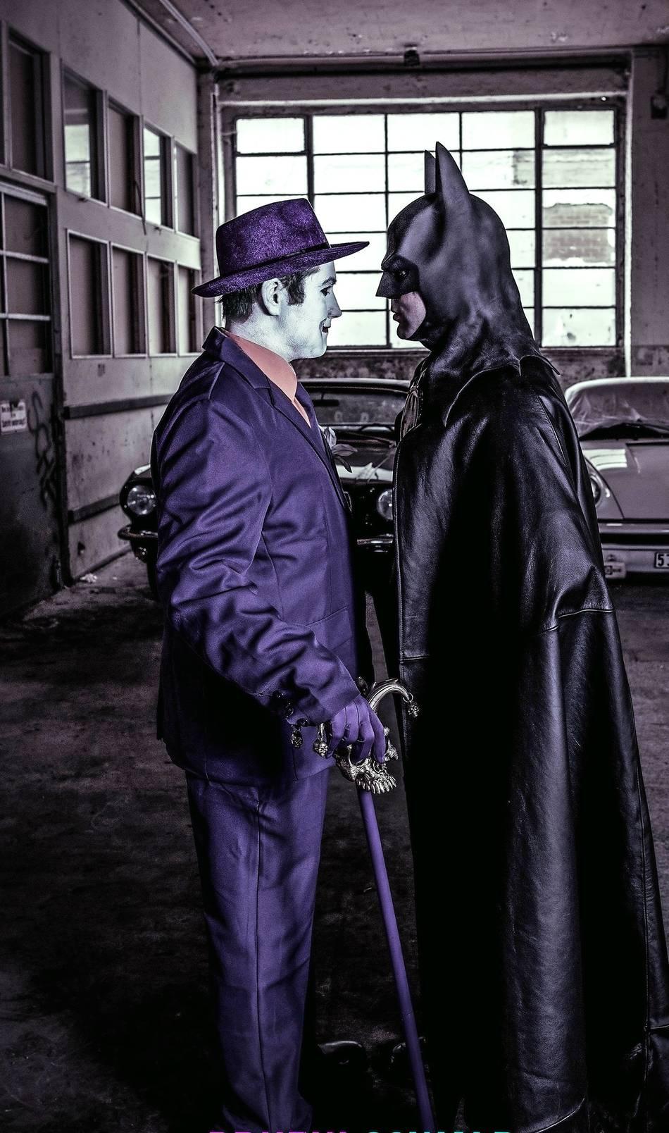Fotos für den guten Zweck: Batman kommt zum Hermeskeiler Stadtfest